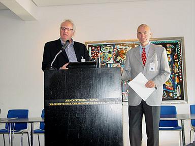 Sören Kühlwein Kristiansen et Christian Beck dans la fonction de traducteur