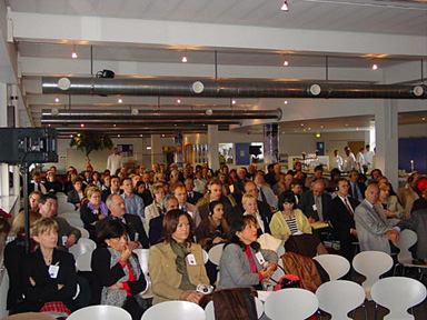the large attentive audience of delegates