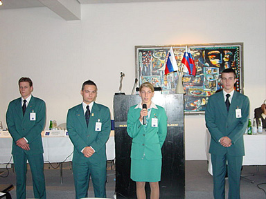 the students from Bled present their town.