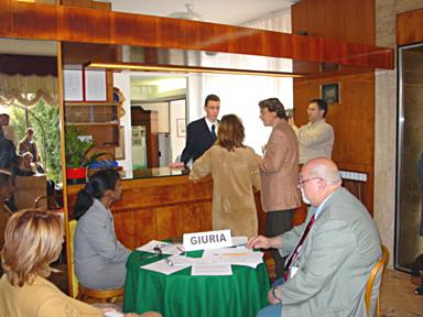 Reception : ą l'hōtel Vittoria, le jury observe